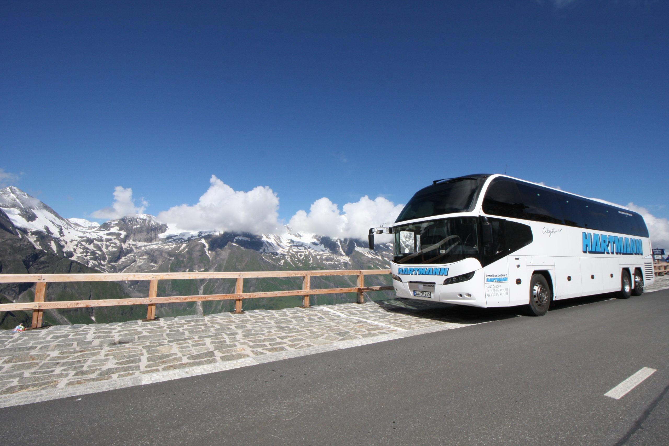 Bus Charter - Reisebus mieten mit Fahrer deutschlandweit