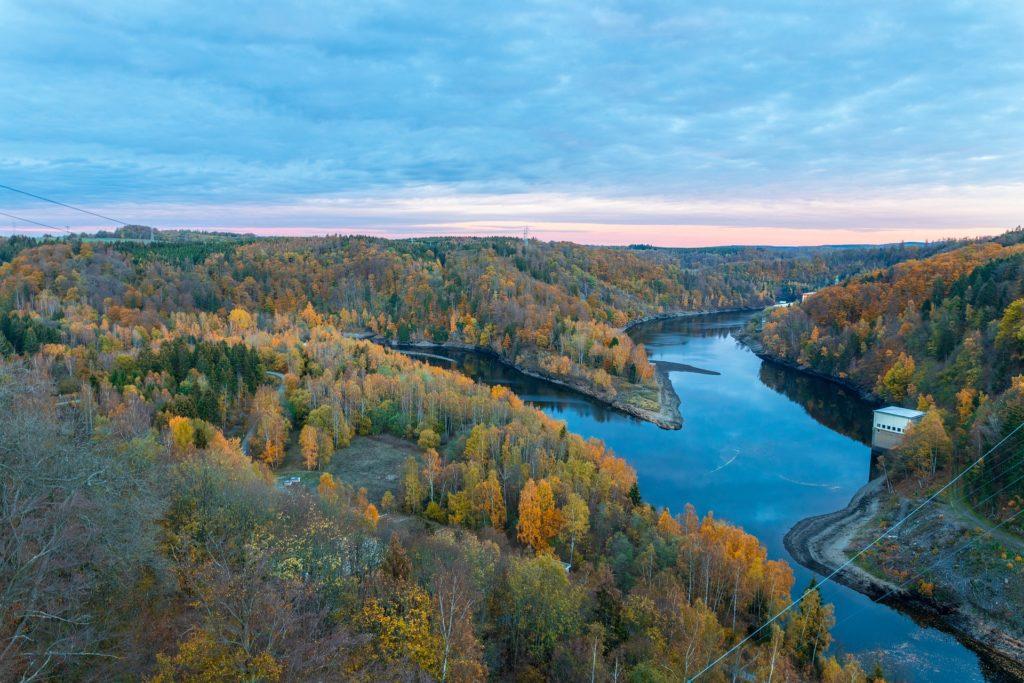 Deutschland Busreise Blick auf den Harz Herbst