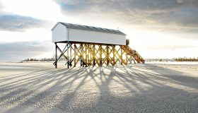Busreise Haus auf Pfählen am Strand von Sankt Peter Ording