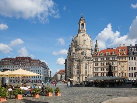 Firmenreise Vorplatz mit Blick auf die Dresdner Frauenkirche