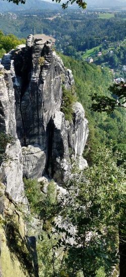 Blick vom Elbsandsteinge auf das Elbtal